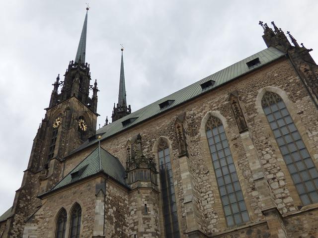 věže kostela